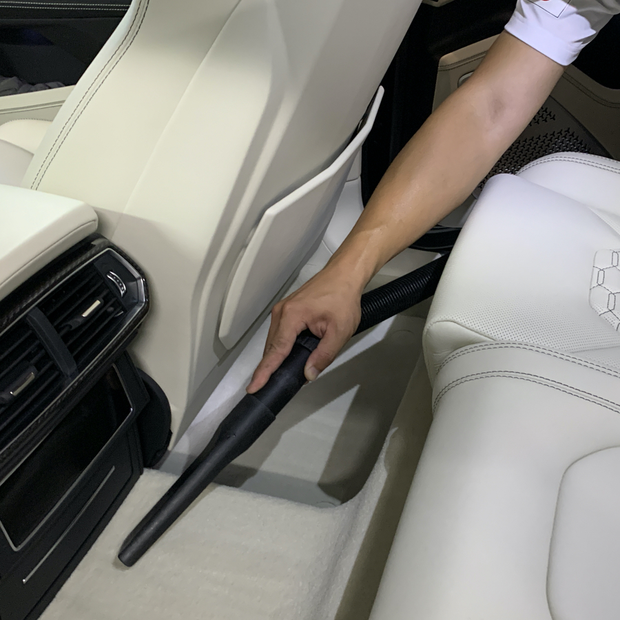 オイルマン洗車車内清掃